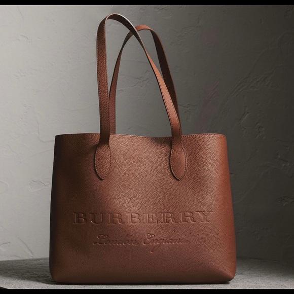 7cd0e4de29 Burberry Handbags - AUTHENTIC BURBERRY-Remington Large Leather Tote